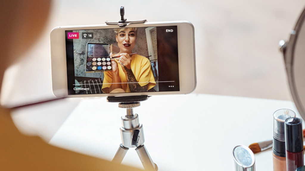 How to Prep For an Instagram Live Sesh Like a Pro