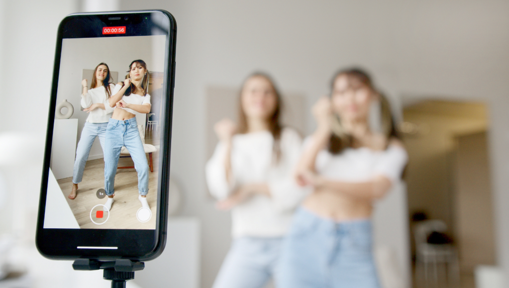 What Creators Should Know About Instagram Live Rooms